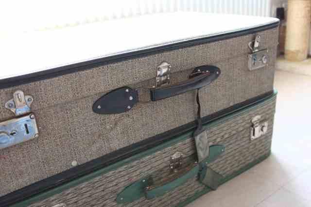 Valise à lorigine 2048x1365 - DIY : Redonner vie à une vieille valise