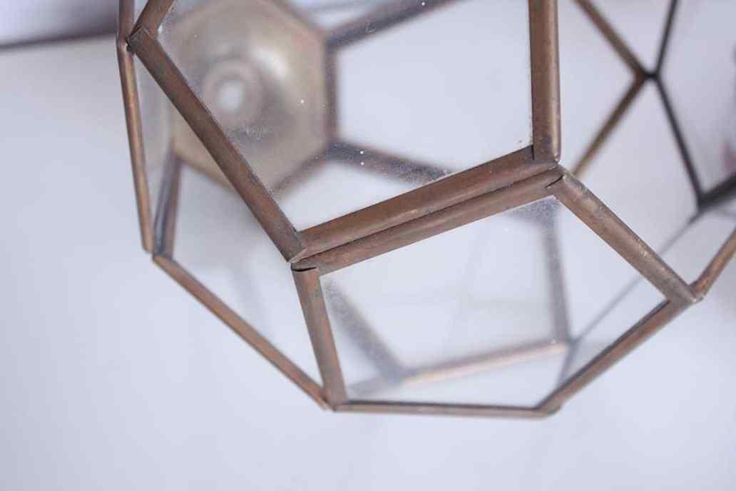 zoom sur les angles du terrarium - Do it yourself : composer son propre terrarium