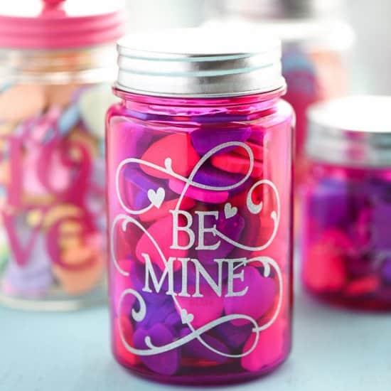 mason jar saint valentin - 14 DIY pour une Saint-Valentin réussie