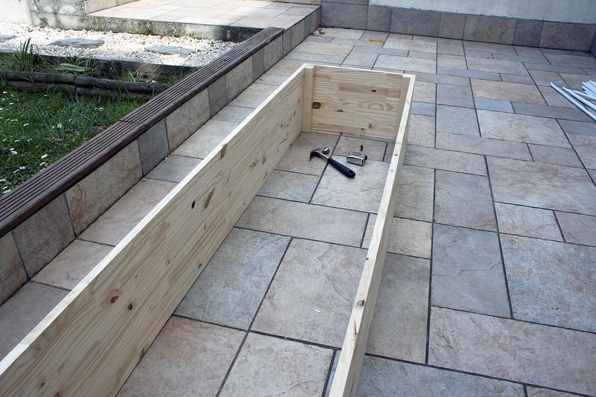 Construire Un Carré Potager apprendre à fabriquer un carré potager autour d'un diy