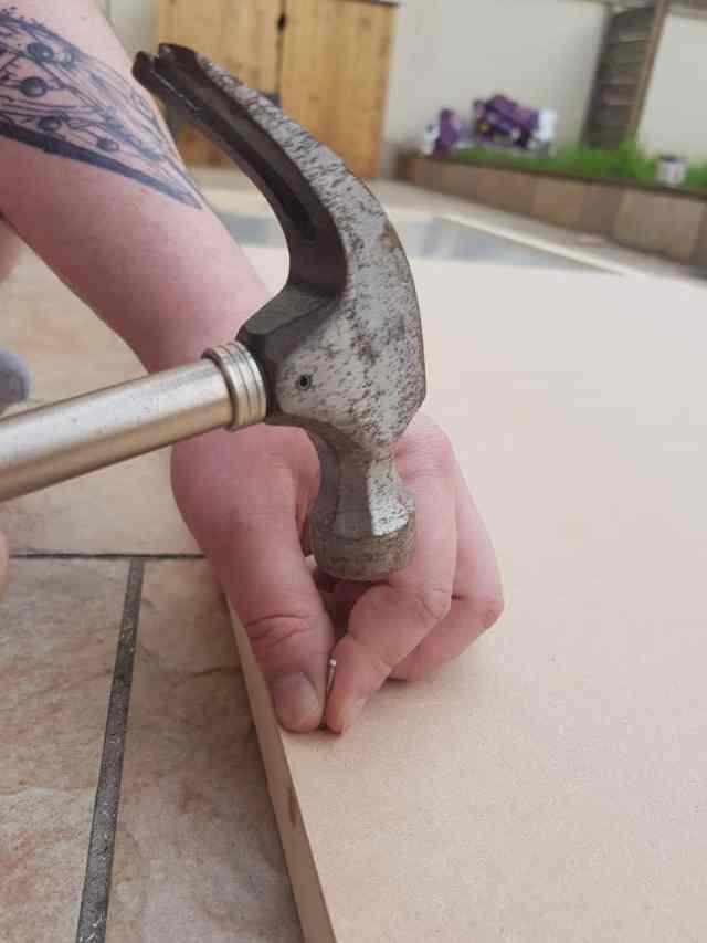 20180411 155759 e1531005161234 1536x2048 - DIY : fabriquer une porte coulissante de style verrière