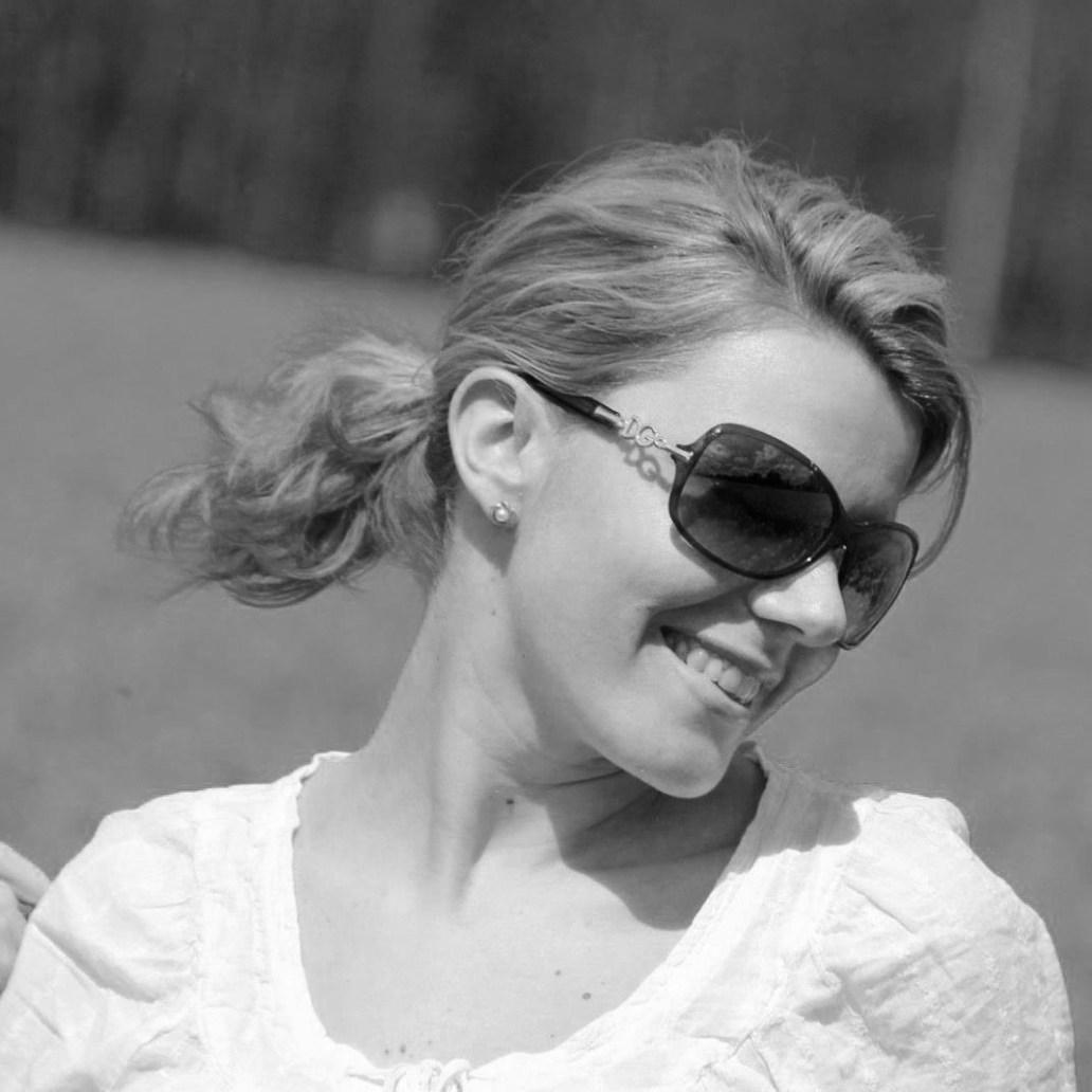 Jelena nori et blanc - Decoachella : des conseils en rénovation et décoration