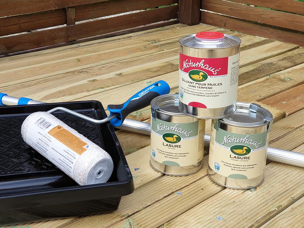 lasure et rouleau peinture naturelle - Construire une terrasse en bois