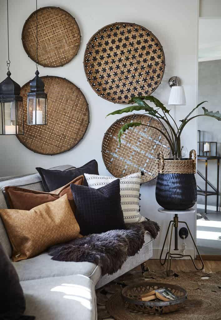 décorer le mur du salon avec des objets artisanaux - Comment décorer le mur du salon ?