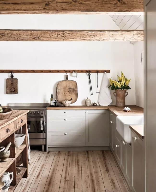 deco cuisine campagne au style minimaliste - Comment organiser les placards de la cuisine ?