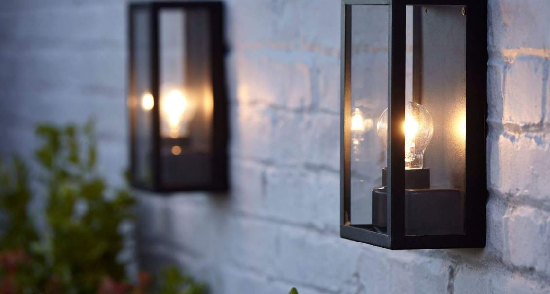 Éclairer son extérieur en vue des barbecues d'été !