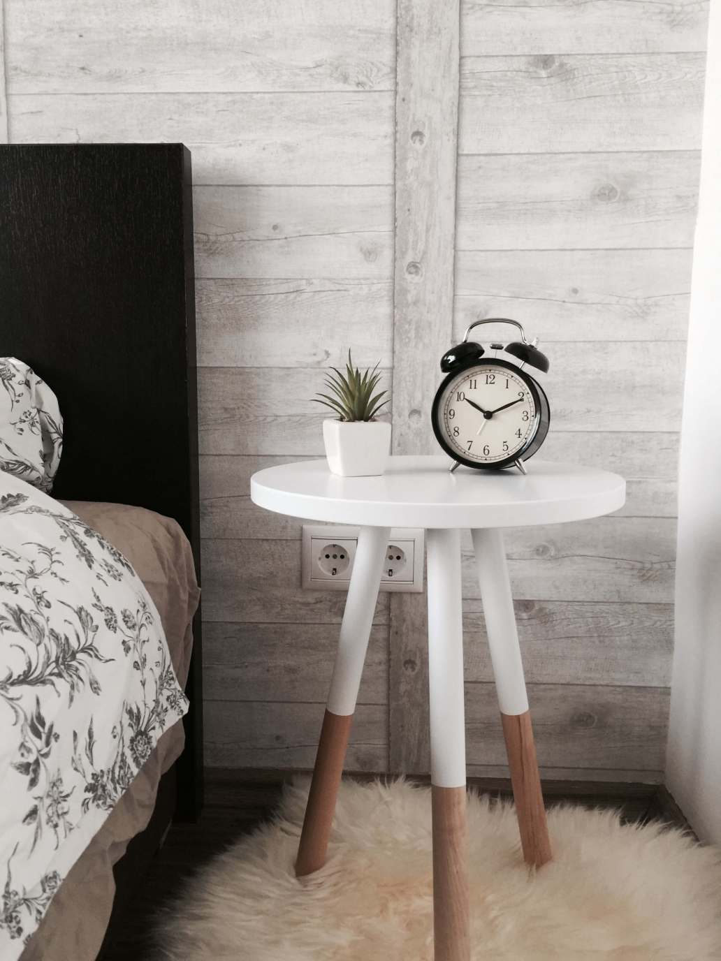 benjamin voros X63FTIZFbZo unsplash 2 1536x2048 - Comment créer un intérieur cosy grâce à l'artisanat ?