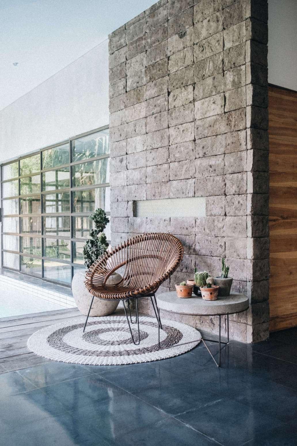 sonnie hiles L0BaowhFe4c unsplash 2 1365x2048 - Comment créer un intérieur cosy grâce à l'artisanat ?