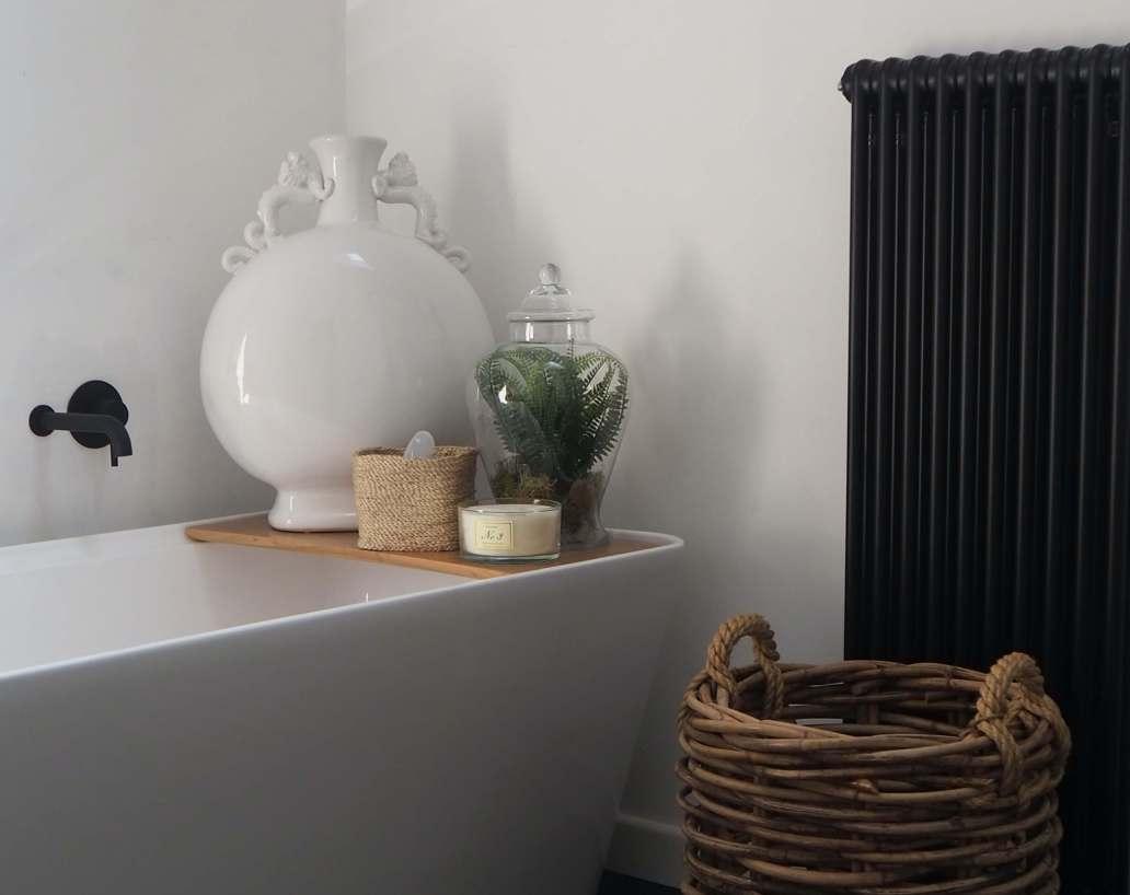 james hollingworth wQkIGp6uK0A unsplash 2 2048x1623 - 7 astuces pour faire des économies d'énergie à la maison