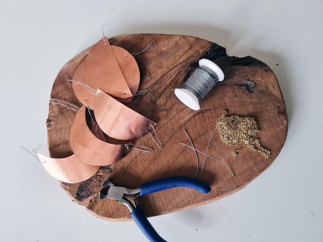 20201202 141415 - DIY déco : fabriquer un bijou de mur en cuivre