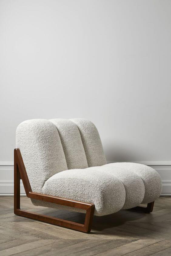 fauteuil design laine bouclee 2 - Tendances meubles et décoration 2021 : le grand décryptage