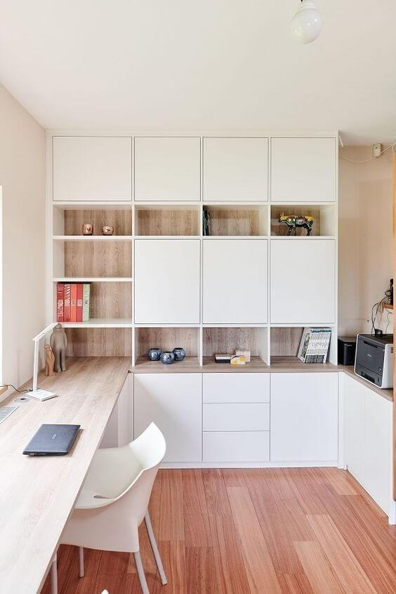 un bureau dans un petit espace installe dans la prolongation dun meuble - Aménager un bureau dans un petit espace