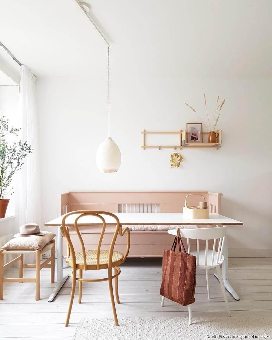 choisir du mobilier epure kinfolk mamoesjkaimg 20190722 204612 348 - 15 philosophies décoratives qui vous veulent du bien !