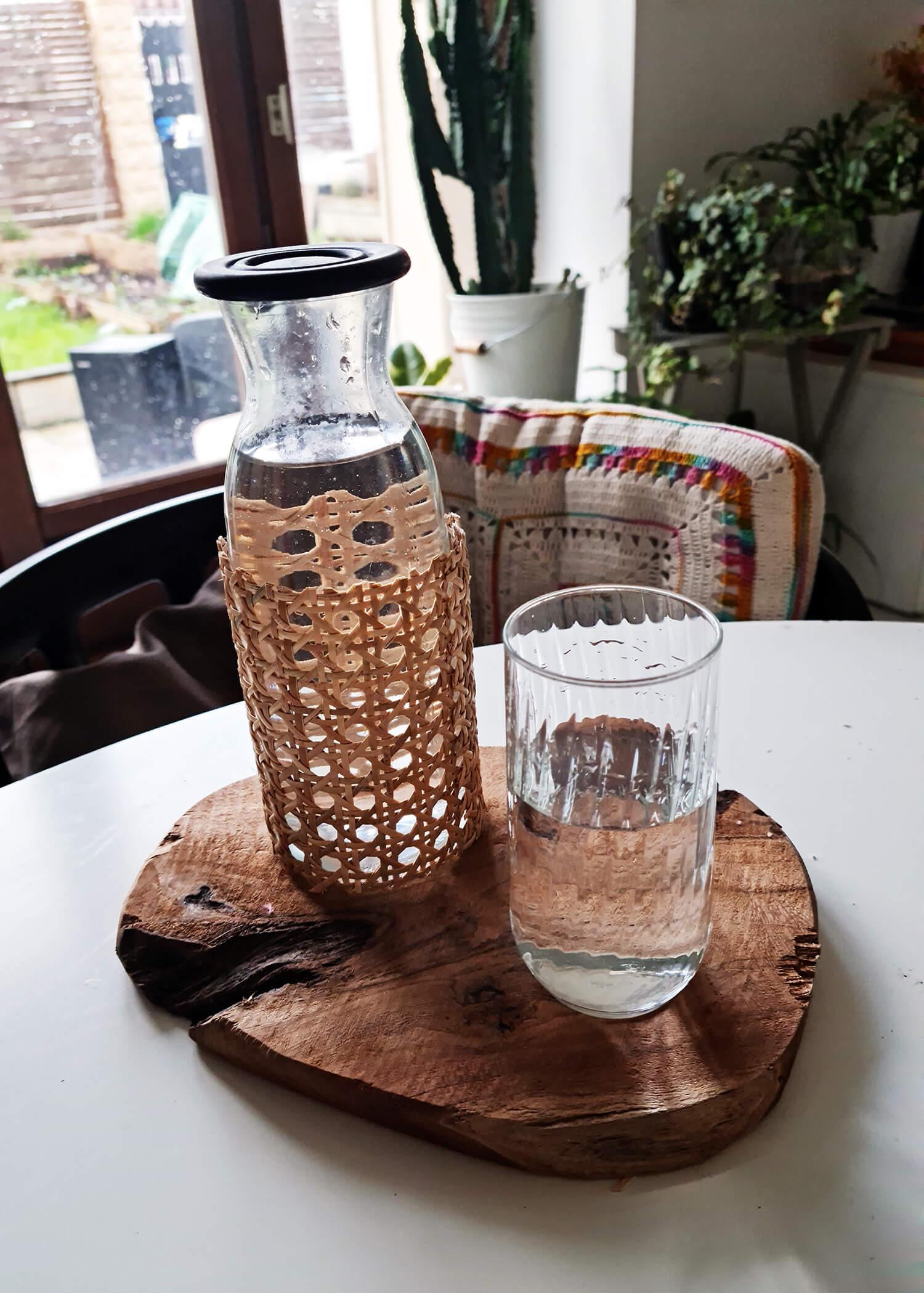 20210311 180344 - DIY rapide : personnaliser une bouteille avec du cannage