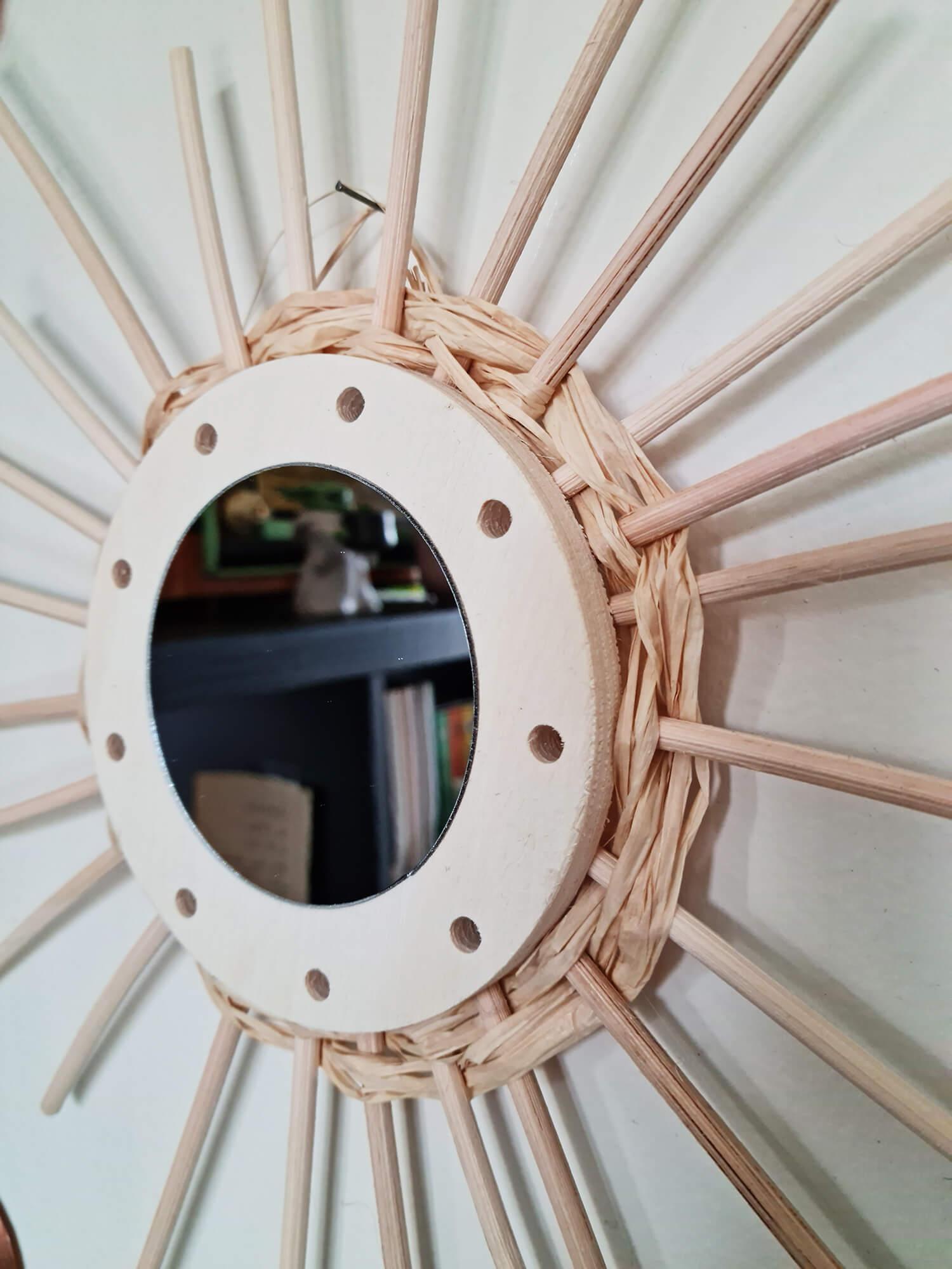 20210319 160746 - DIY déco : donner vie à des miroirs en rotin
