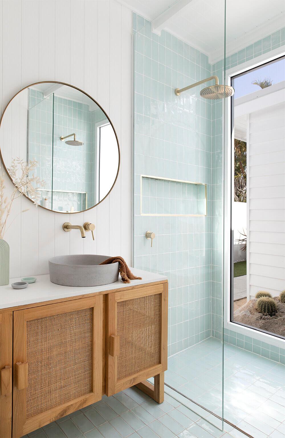 BilingaBathroom8LR - Douche ou baignoire, faire un choix pour la salle de bain