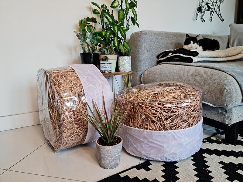 20210514 152428 - DIY jardin : Fabriquer un pouf original avec de la paille