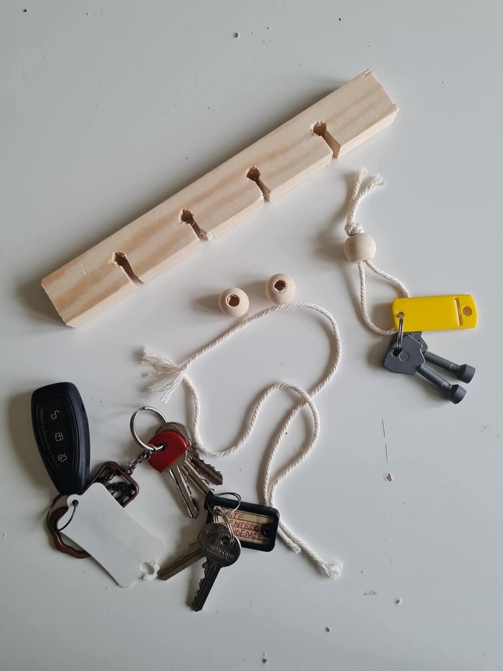 20210131 155509 - DIY pour l'entrée : fabriquer un support pour les clés au design minimaliste