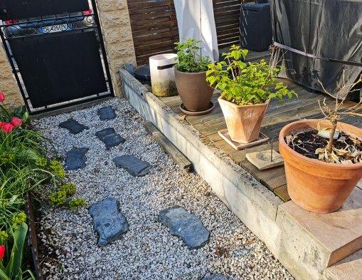 Peindre un mur en béton, la suite du relooking jardin