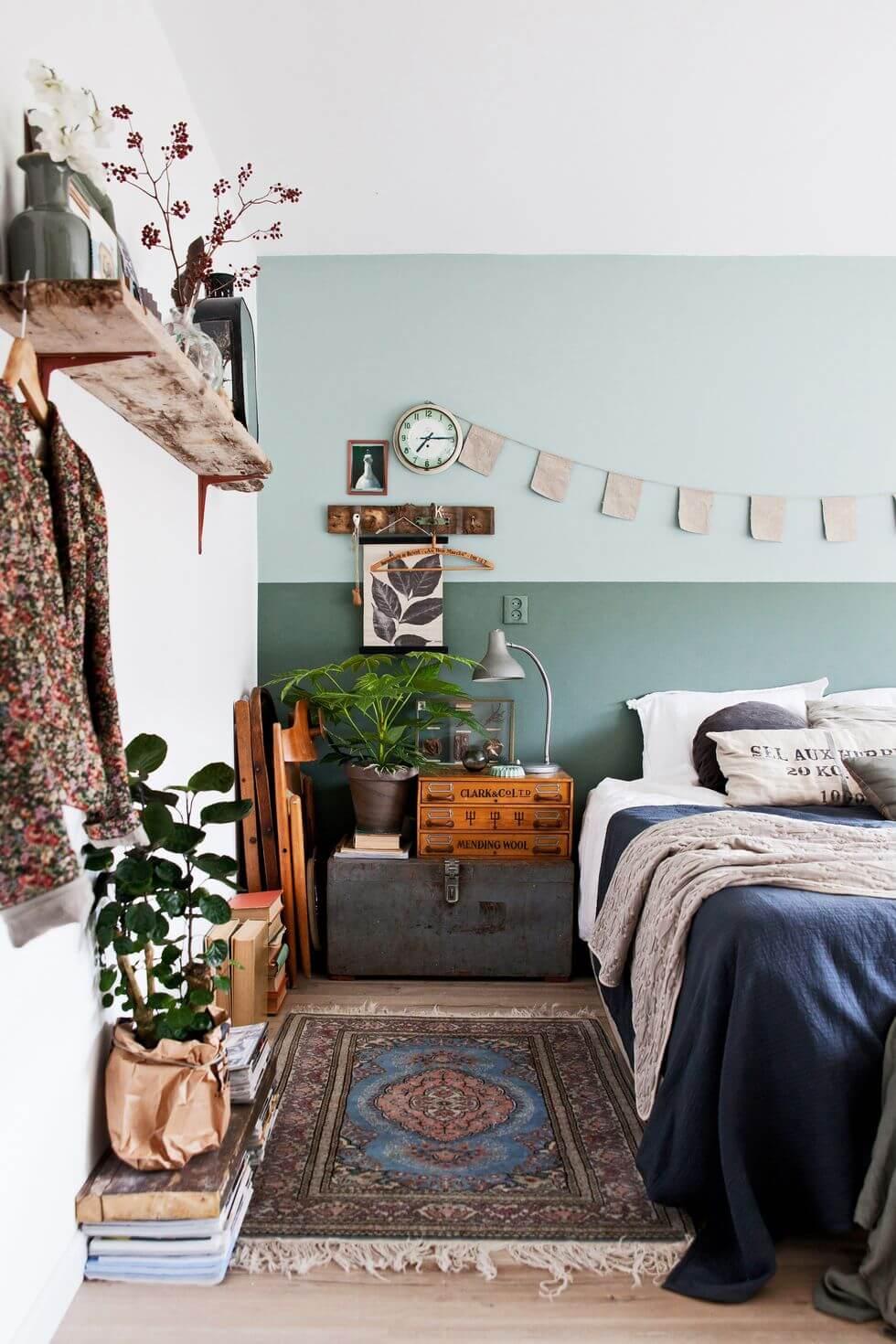 chambre vintage avec decoration dinpiration brocante et literie en lin - Comment choisir une literie de qualité pour la chambre ?