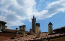 Bologna's towers today, with Azinelli in the background, as seen from my hotel room window.
