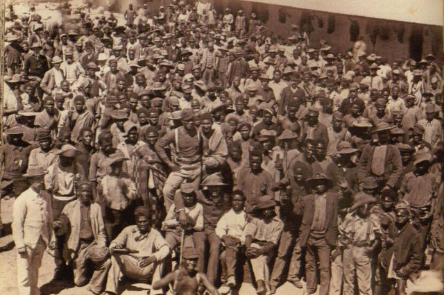 """""""Sixteen Tons"""": A U.S. and South African Mineworkers' Archive"""