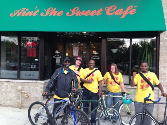 The first Slow Roll Chicago ride visited Ain't She Sweet, a cafe on 43rd St.