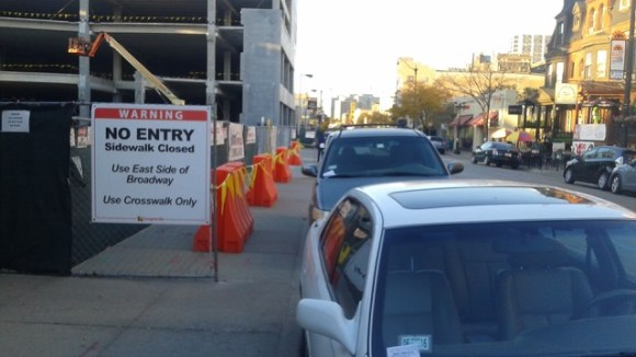 Sidewalk closed outside Lakeview Mariano's under construction