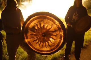 Trommelbaukurs & schamanische Rituale