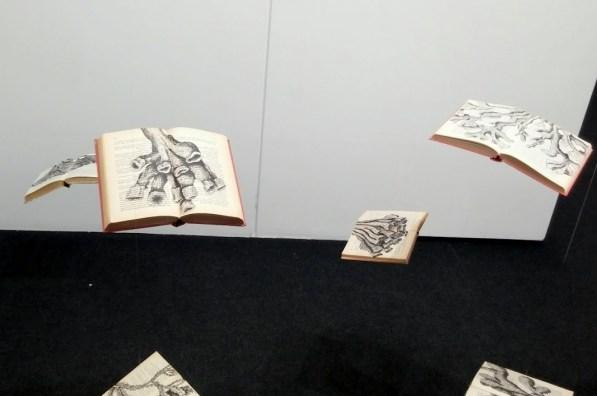 book-art-beyond-reading-9ok