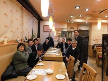2017年最後の例会は、長嶋会員御用達の四川料理の店で開催。