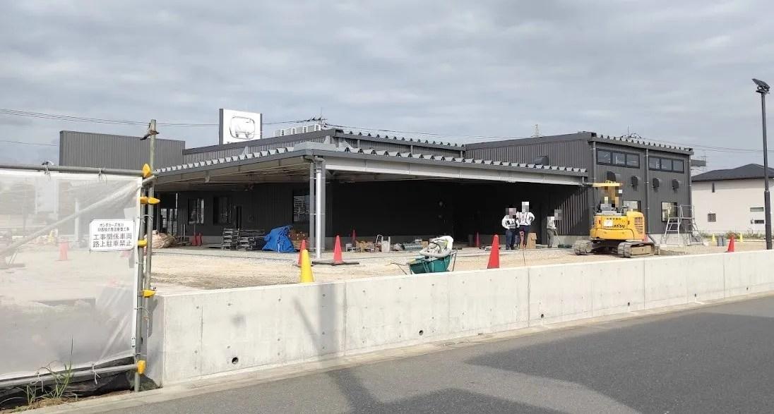 「Honda Cars 市川」印西牧の原店、外観出来上がってきました。05