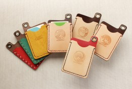 Pass case (© CLAMP・Shigatsu Tsuitachi CO.,LTD.)