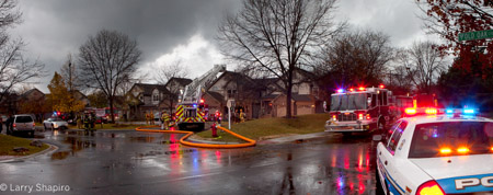 Buffalo Grove townhouse fire at 161 Old Oak Court E
