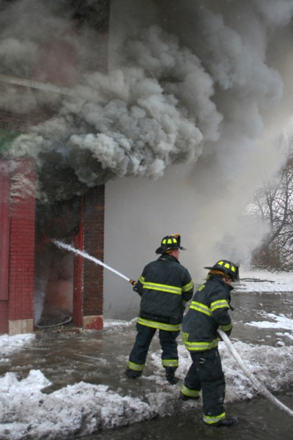 Chicago Heights FD vacant building fire Dec 24, 2010