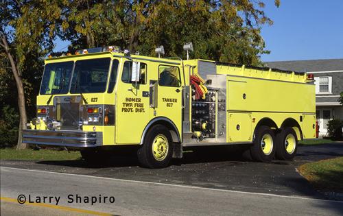 Homer Township FPD Tanker 827 Spartan Pierce pumper tanker