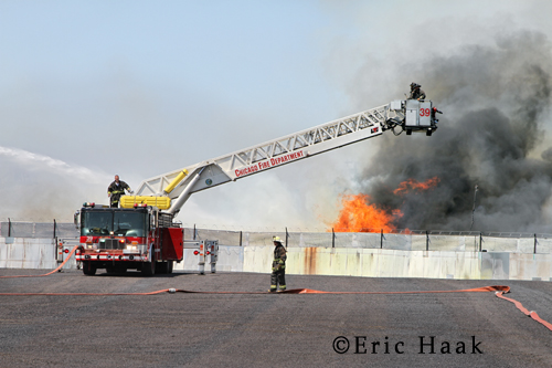 Chicago Fire Department Still & Box Alarm 47th & Knox 6-27-12 pallet fire Tower Ladder 39