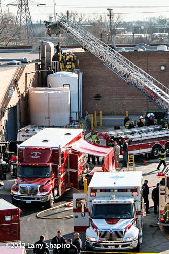 Worker dies in chemical tank in Wheeling