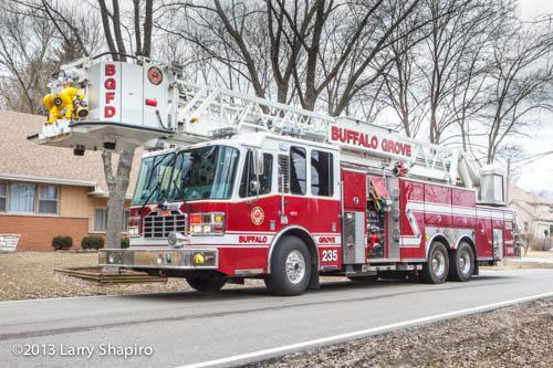 Buffalo Grove FD Tower Ladder 25