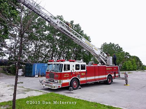 Berwyn Fire Department Truck 904