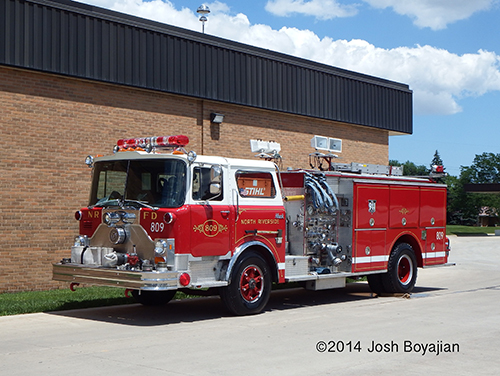 Mack CF Pierce fire engine