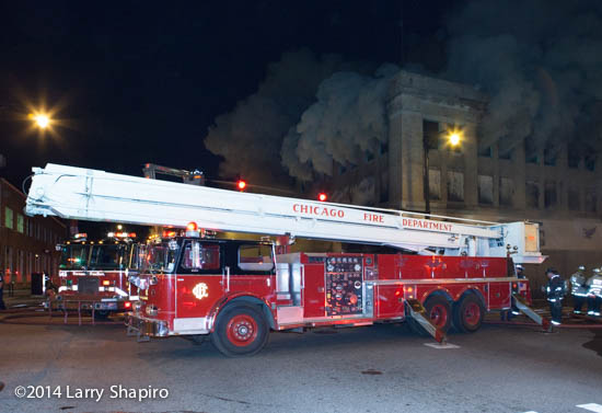 Chicago FD Snorkel at fire scene