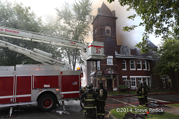 church fire in Chicago