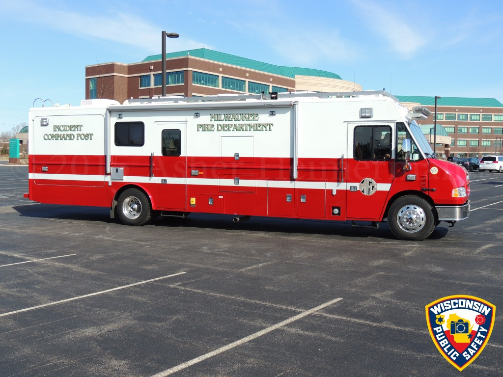 Milwaukee Fire Department Mobile Command Post