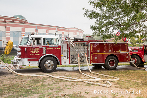 restores American LaFrance Century fire engine