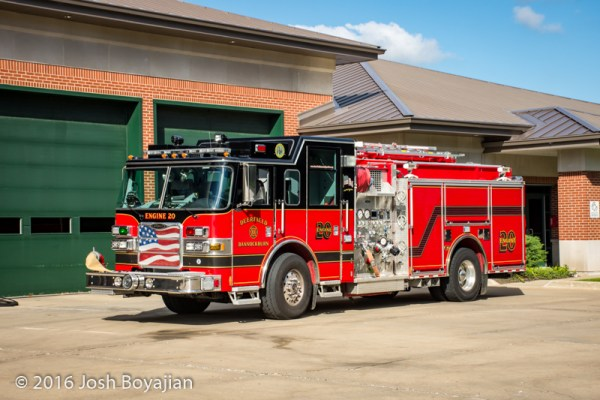 Deerfield-Bannockburn FPD Engine 20