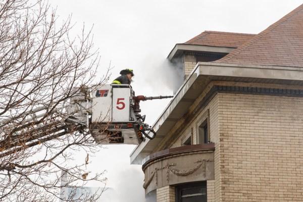Chicago FD Tower Ladder 5