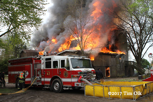 McHenry Township FPD engine drafting at barn fire