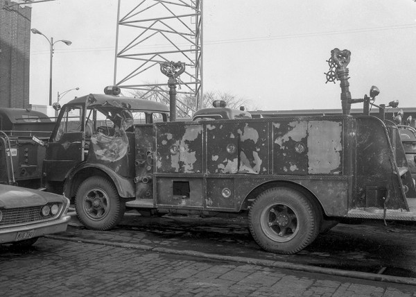 Chicago fire truck destroyed by fire
