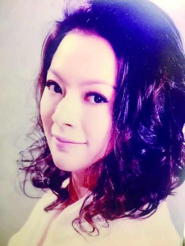 著名女高音歌唱家廖丹博士